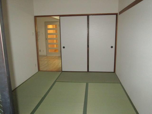 ロイヤル二俣川C棟 304号室の設備