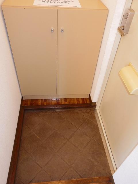 ラ・ホンテ・コグレ A205号室の玄関