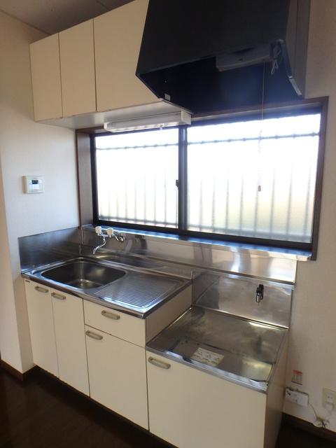 エディフィスⅠ・ⅡⅠ 201号室のキッチン
