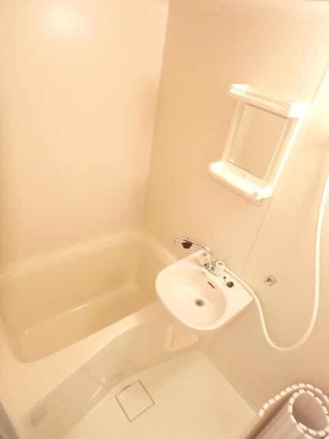 エディフィスⅠ・ⅡⅠ 201号室の風呂