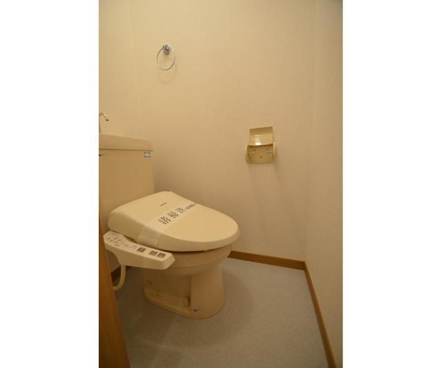 グランローゼ御仲井 101号室のトイレ