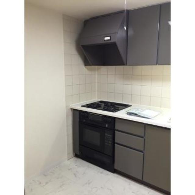 パークシティ本牧F棟 603号室のキッチン