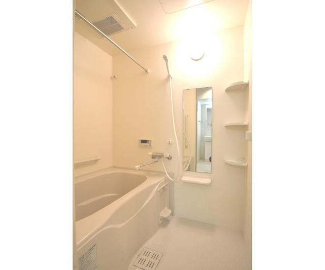 ロハス江坂 207号室の風呂