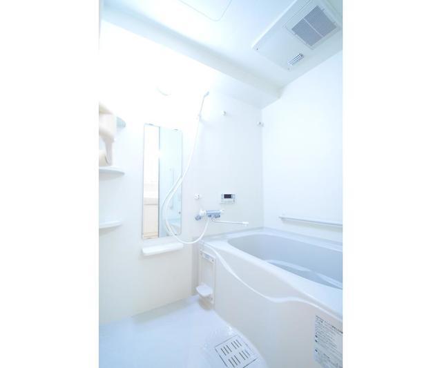 ロハス江坂 308号室の風呂