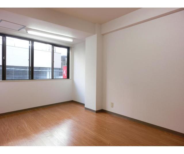 新宿H・Kビル 301号室のリビング