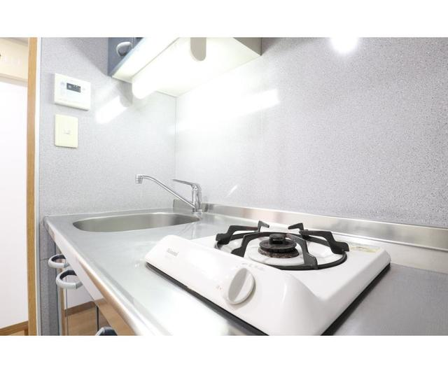 江坂OMパレス 801号室のキッチン