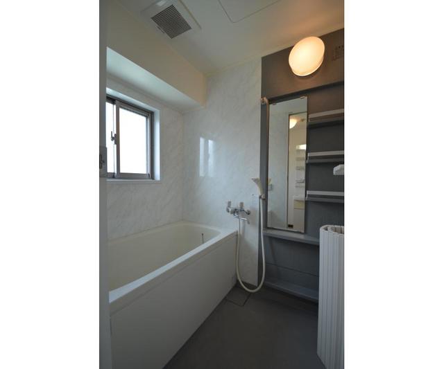 エムティビル 402号室の風呂