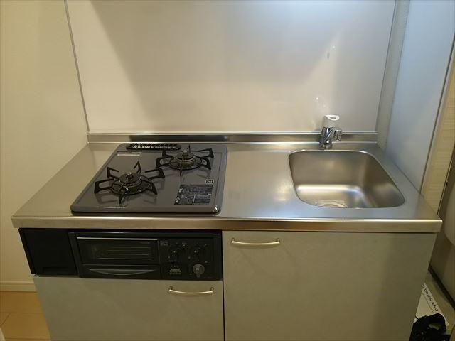 リヴェール下永谷 102号室のキッチン