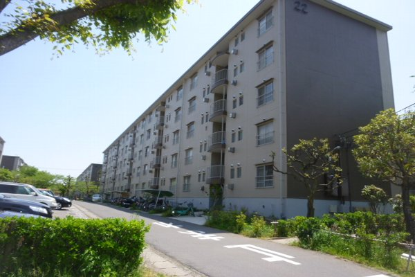 鎌ヶ谷グリーンハイツ22号棟外観写真