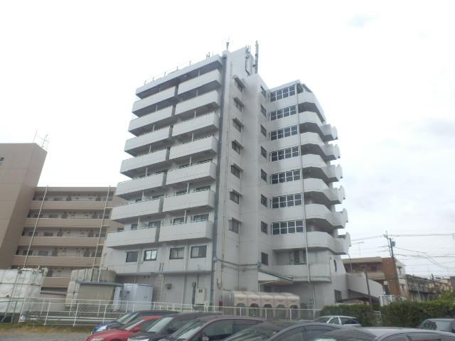 ホワイトメゾンYAMAKI外観写真