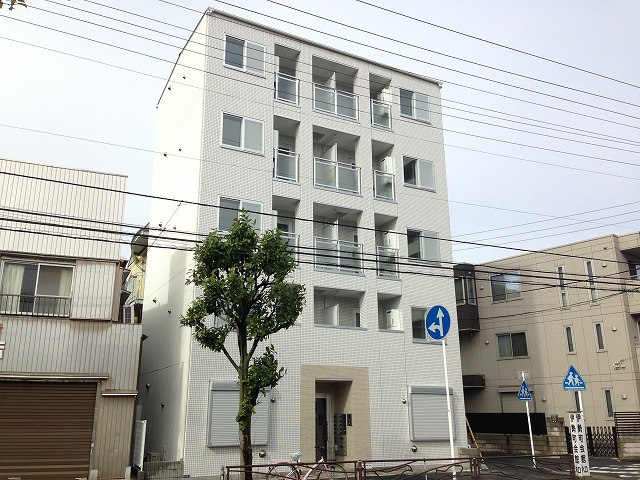 Blue Sky Kawasakidaishi外観写真