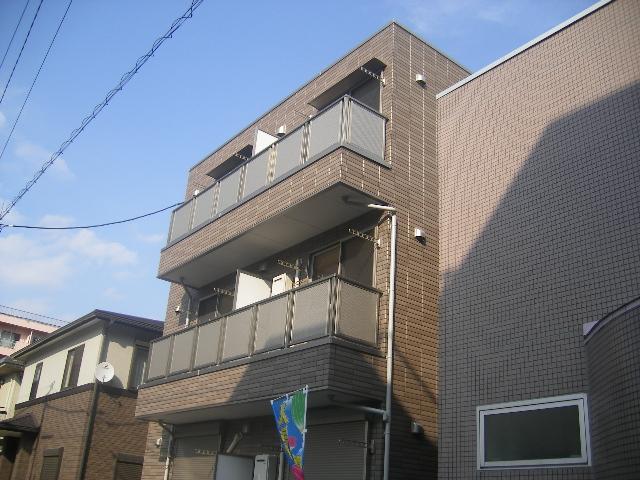 フォルビテッツァ本八幡 101号室の外観