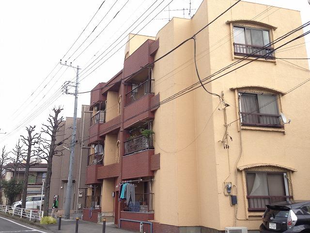 マンション渡田 302号室の外観