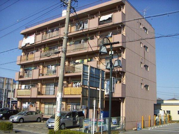 鎌田マンション 501号室の外観