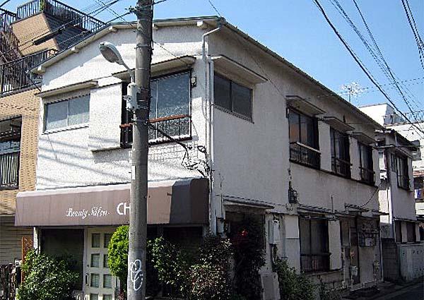和泉荘 6号室の外観