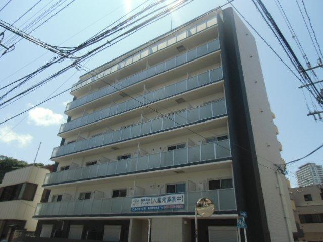 ラフィネ横須賀中央外観写真