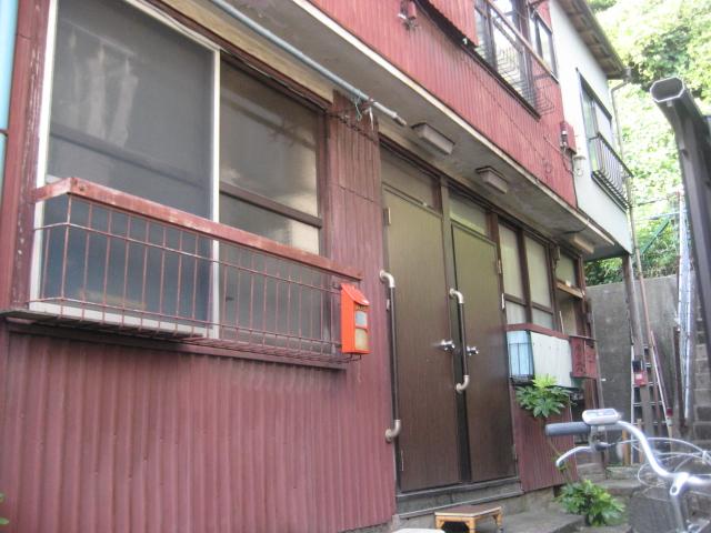 荒井アパート 201号室の外観