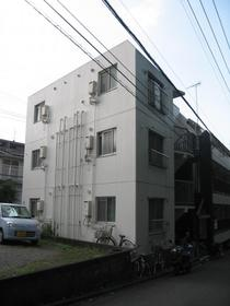 サンライト生田 301号室の外観