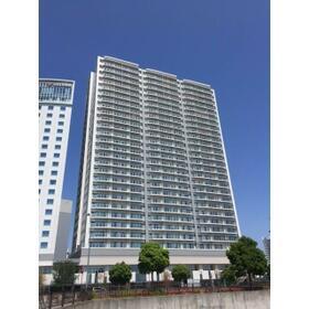 BLUE HARBOR TOWER みなとみらい外観写真