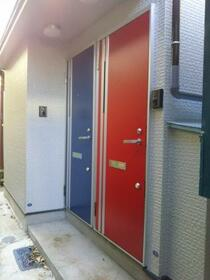 KHアパート 1F号室の外観