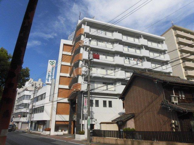 ロイヤルメゾンHAMADA外観写真