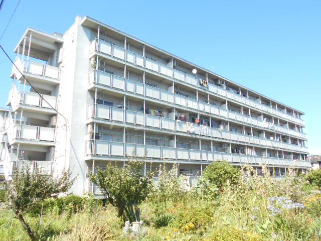 ビレッジハウス阿久和2号棟 506号室の外観