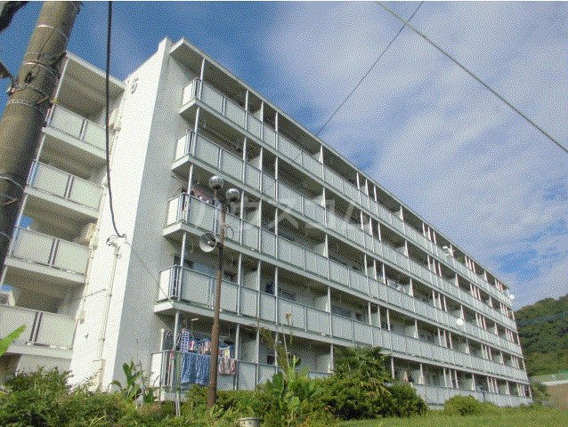 ビレッジハウス川井宿3号棟外観写真