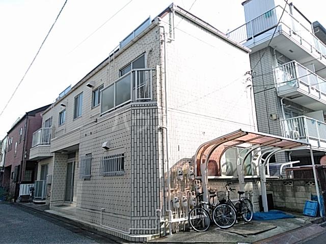 綾瀬桜マンション 202号室の外観
