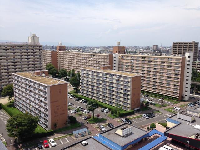 中駒九番団地 3号棟 1025号室の外観