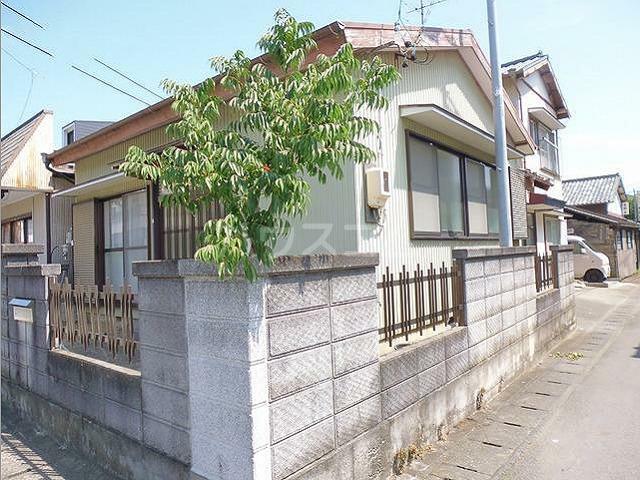横須賀借家の外観