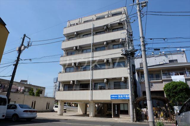 安武マンション駅東 501号室の外観