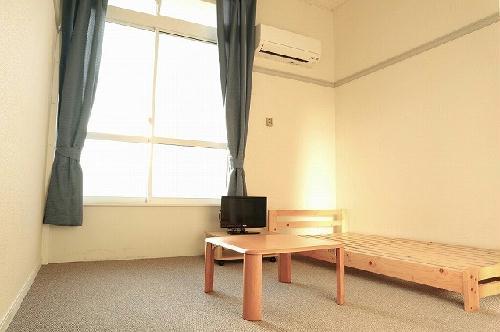 レオパレスファースト 103号室のキッチン