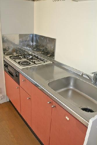 レオパレスアイビス 106号室のキッチン