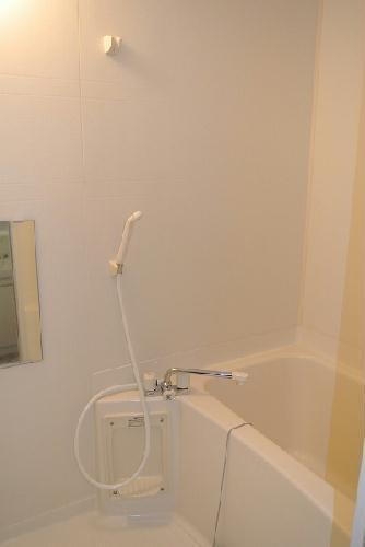 レオパレスアイビス 106号室の風呂