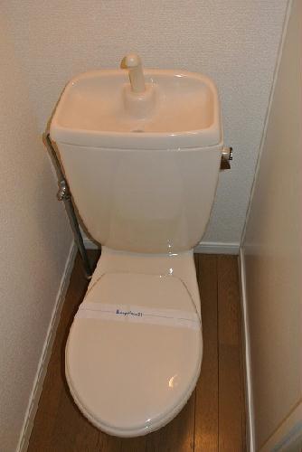 レオパレスアイビス 106号室のトイレ