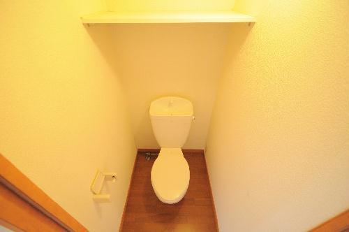 レオパレス銚子セカンド 110号室のトイレ