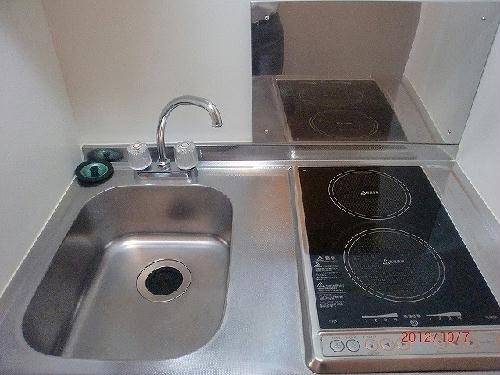 レオパレスリバーサイド室町 105号室のキッチン