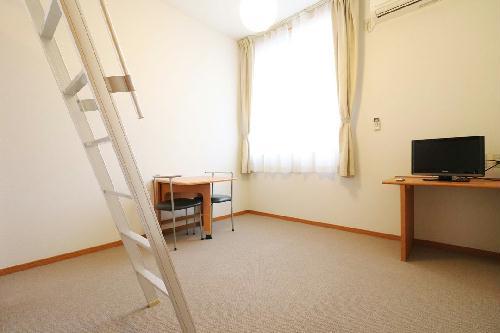 レオパレスDeer Field 205号室のリビング
