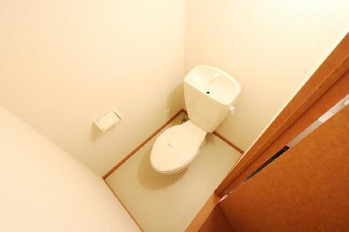 レオパレスDeer Field 205号室のトイレ