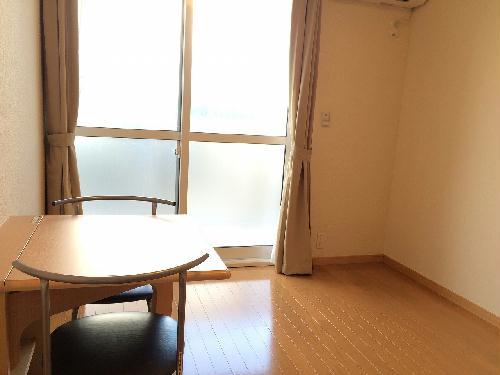 レオパレスミシマ 101号室のリビング