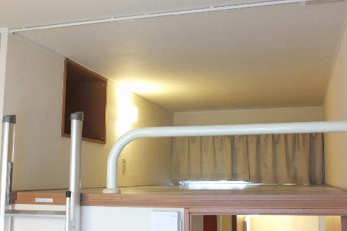 レオパレスアロマ赤坂Ⅱ 204号室の居室