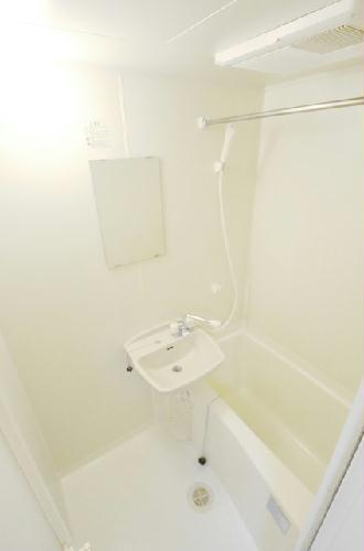 レオパレスボヌール 204号室の風呂