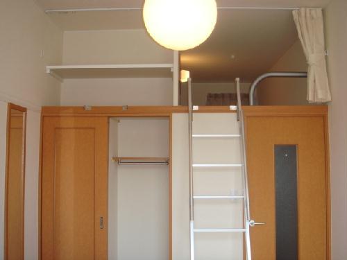 レオパレス富士 202号室のリビング