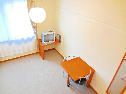 レオパレスkoyama 206号室のリビング