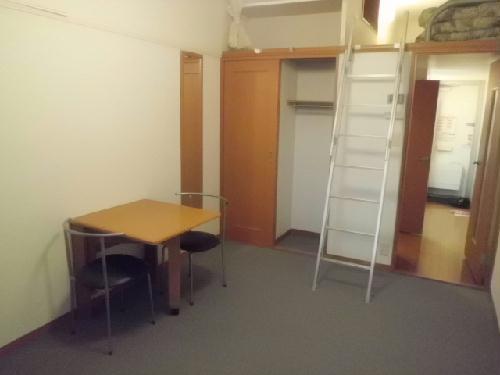 レオパレス野村 202号室のリビング
