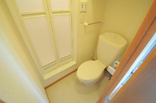 レオパレスKs 201号室のトイレ