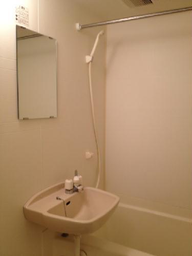 レオパレス五番町館 117号室の風呂