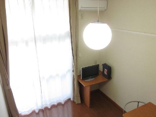 レオパレス小野 304号室のリビング