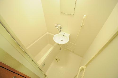 レオパレス飛鳥 常盤台 204号室の風呂