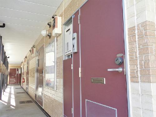 レオパレス飛鳥 常盤台 204号室の玄関